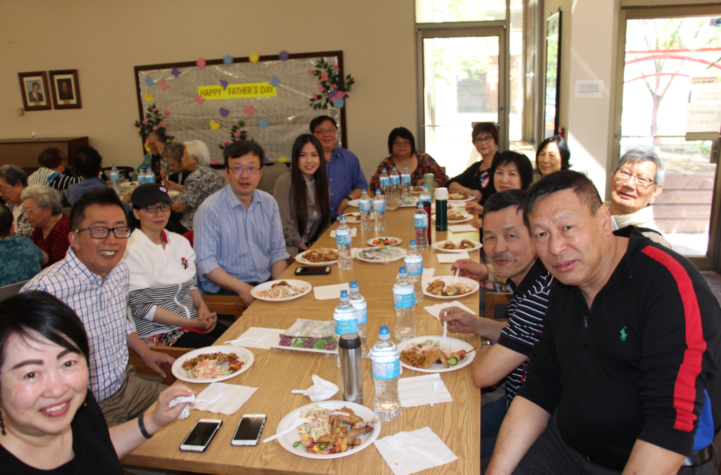 Some of the Oi Kwan staff and some performers eating lunch.